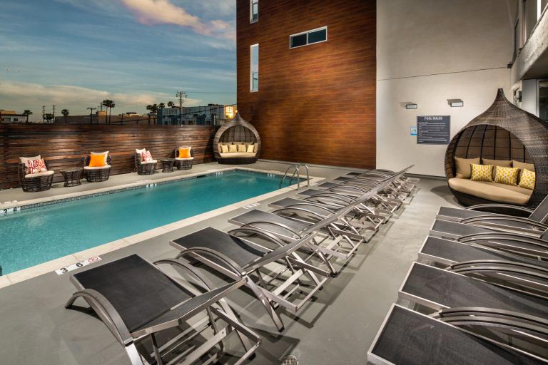 When you buy a new home in Marina del Rey and live at X67 Lofts, you get community amenities that take advantage of beautiful surroundings.